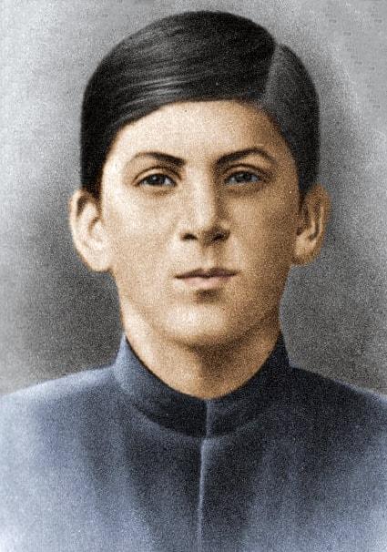 15-letniy-Iosif-Dzhugashvili-1894-god-1