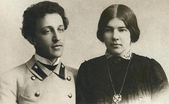 Aleksandr-Blok-i-ego-zhena-Mendeleeva-Lyubov-Dmitrievna
