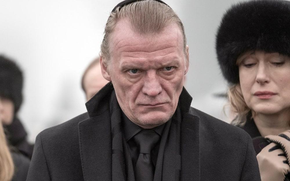 Aleksej-Serebryakov-v-2018-godu-v-filme-MakMafiya