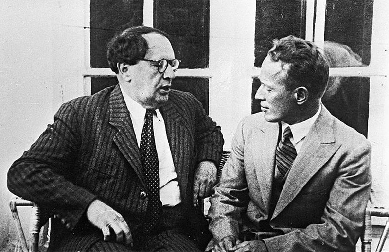 Aleksej-Tolstoj-i-Mihail-SHolohov