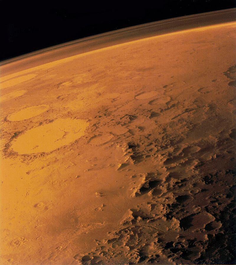 Atmosfera-Marsa-snimok-poluchen-iskusstvennyim-sputnikom-Viking