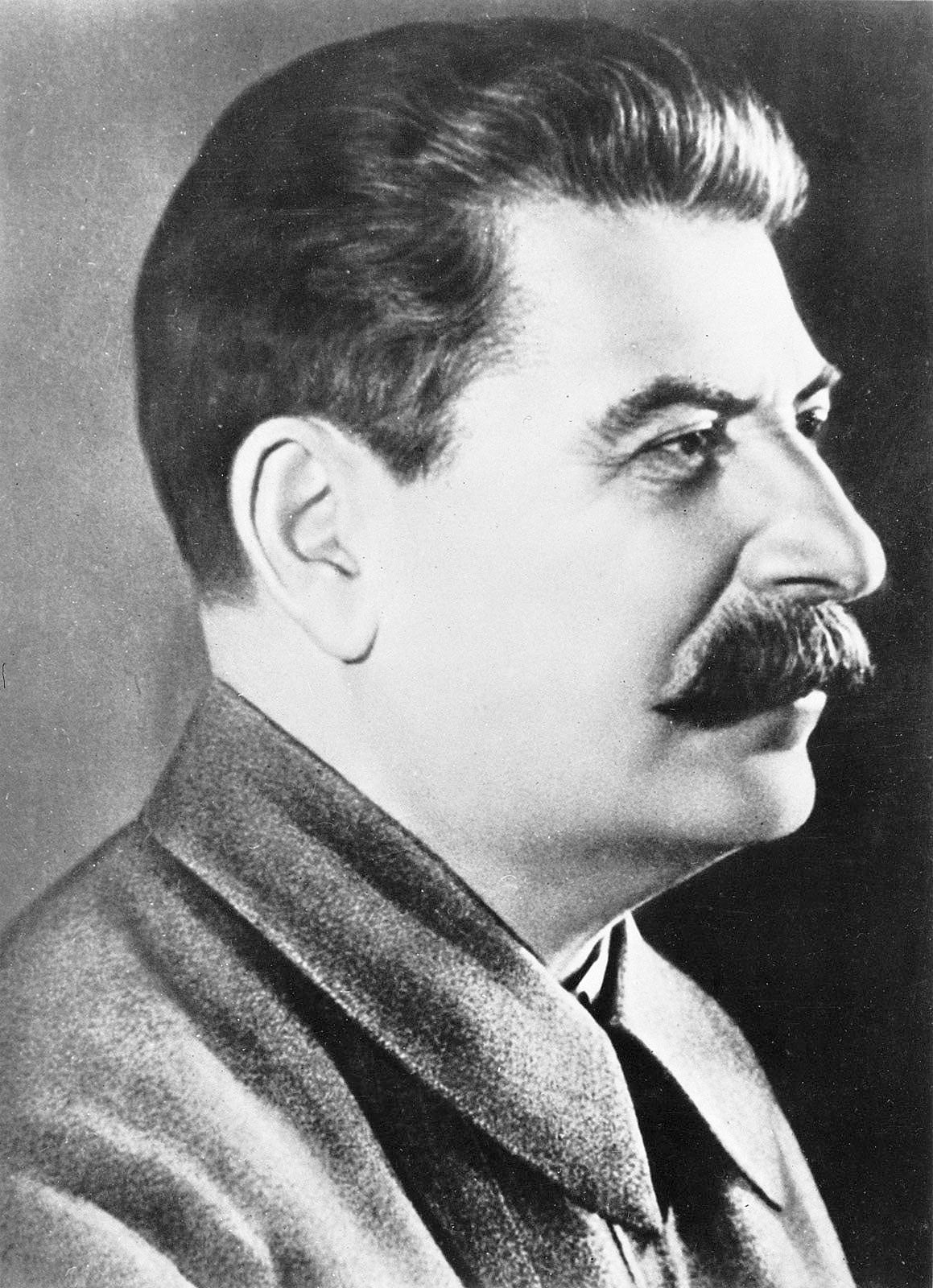 Biografiya-Iosif-Stalin-2