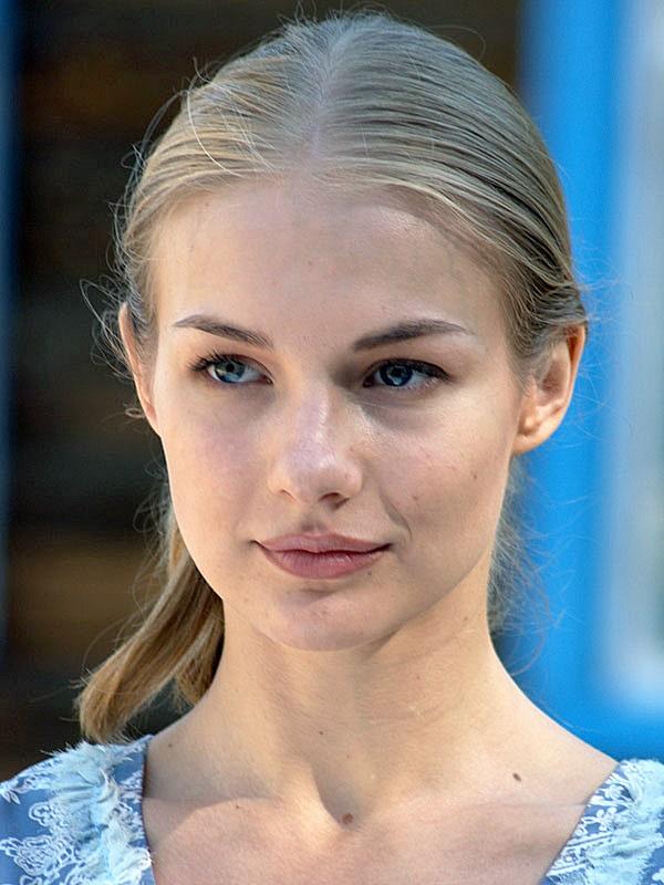 Elena-Aroseva-3