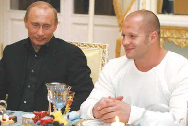 Foto-Fedor-Emelyanenko-i-Vladimir-Putin-3
