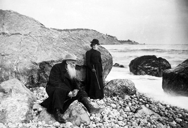 Foto-Lev-Tolstoy-s-docheryu-Tatyanoy-1902-g