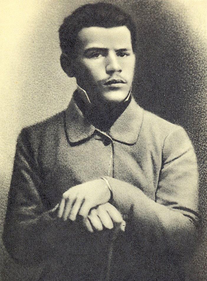 Foto-Lva-Tolstogo-v-molodosti-1