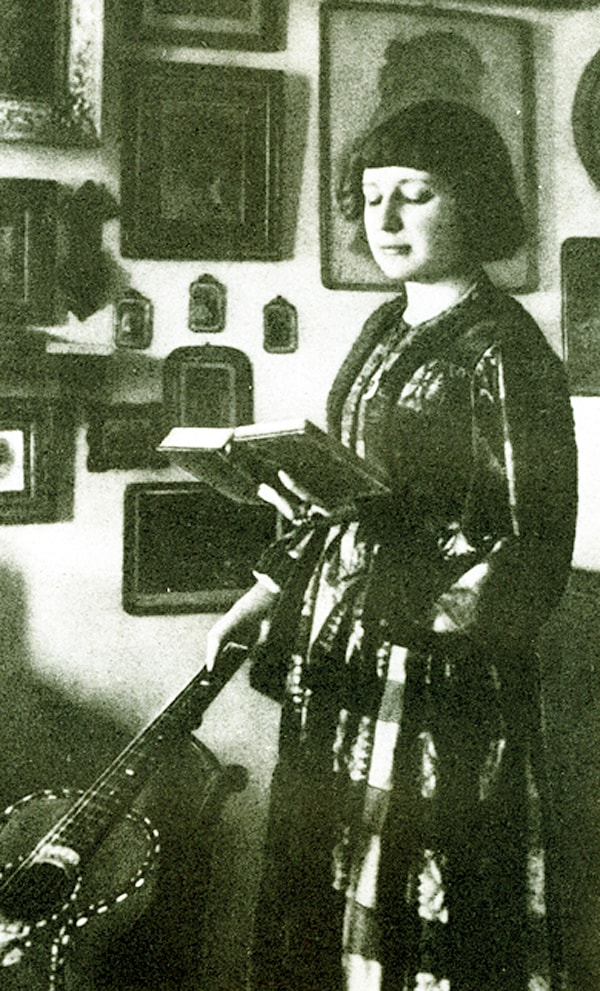 Foto-Marina-TSvetaeva-1914g