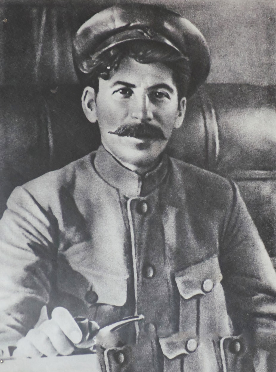 Foto-Stalin-v-Molodosti-10