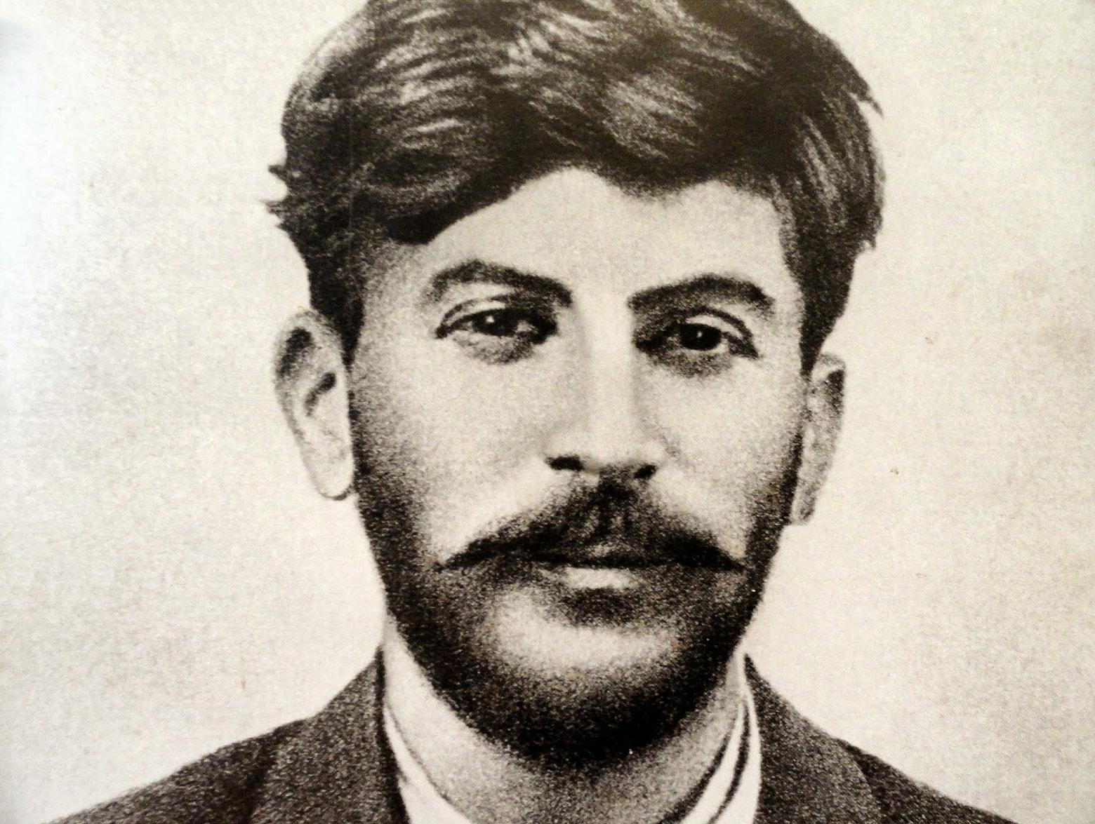 Foto-Stalin-v-Molodosti-11