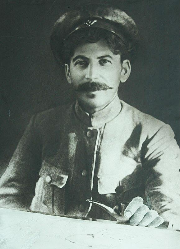 Foto-Stalin-v-Molodosti-7