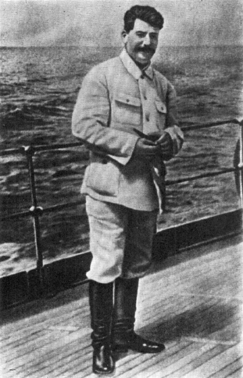 https://interesnyefakty.org/wp-content/uploads/Foto-Stalina-5.jpg