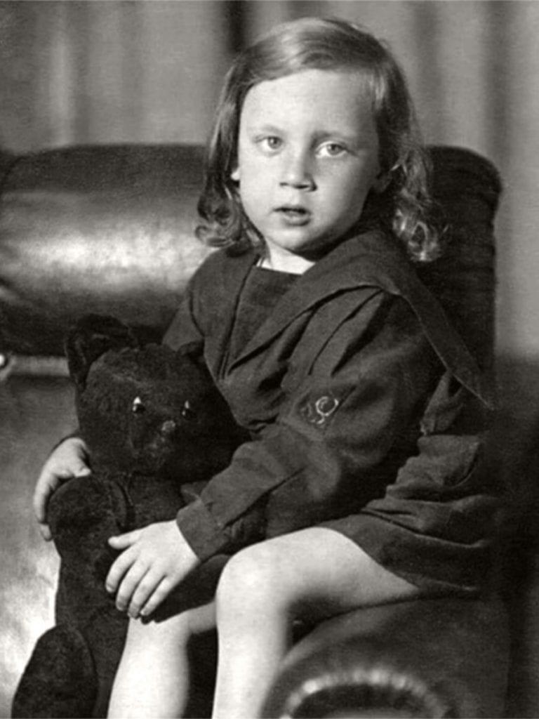 Foto-Vyisotskiy-v-detstve-1941