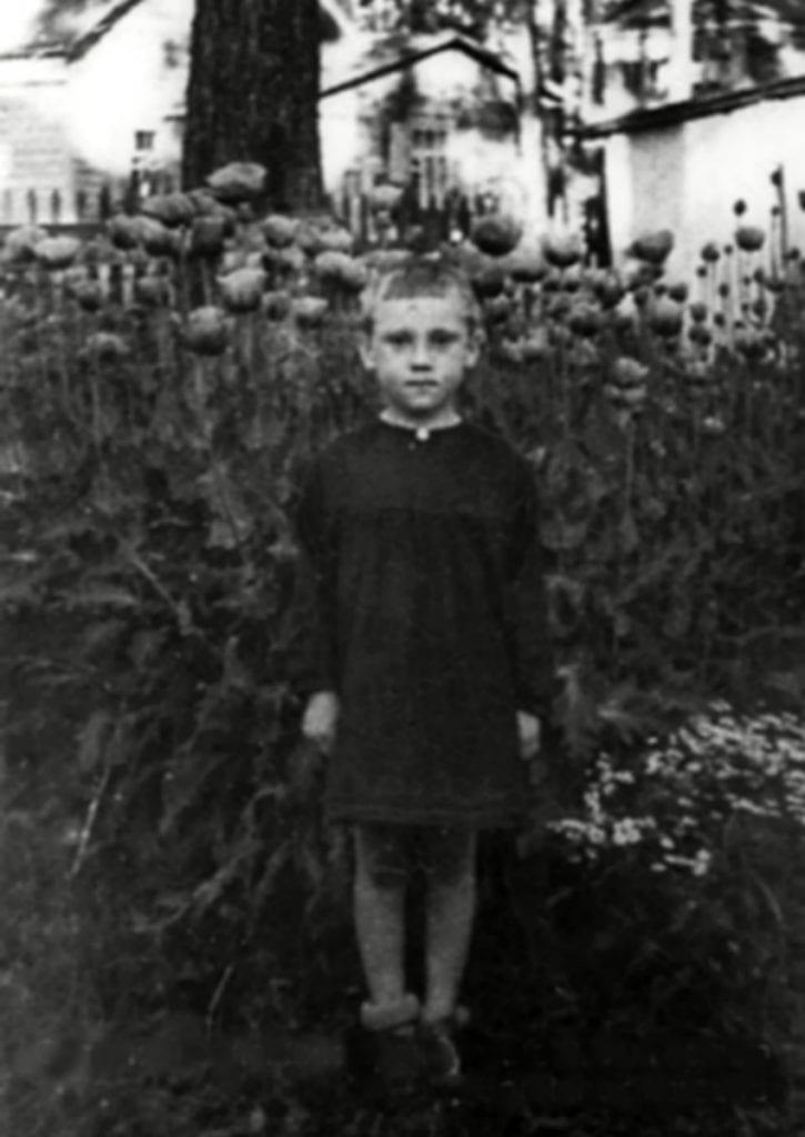 Foto-Vyisotskiy-v-detstve-1943.-V-detskom-sadu