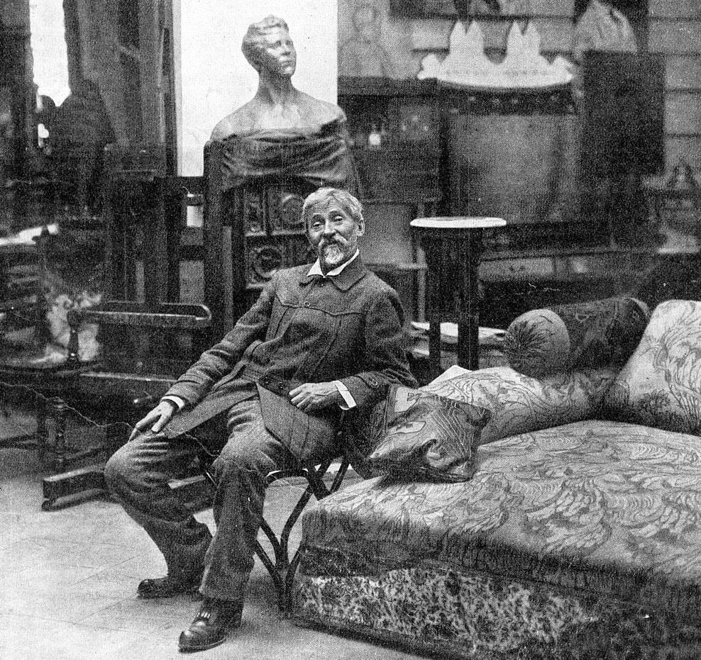 Ilya-Repin-v-svoey-masterskoy-v-Penatah-Kuokkala-1914
