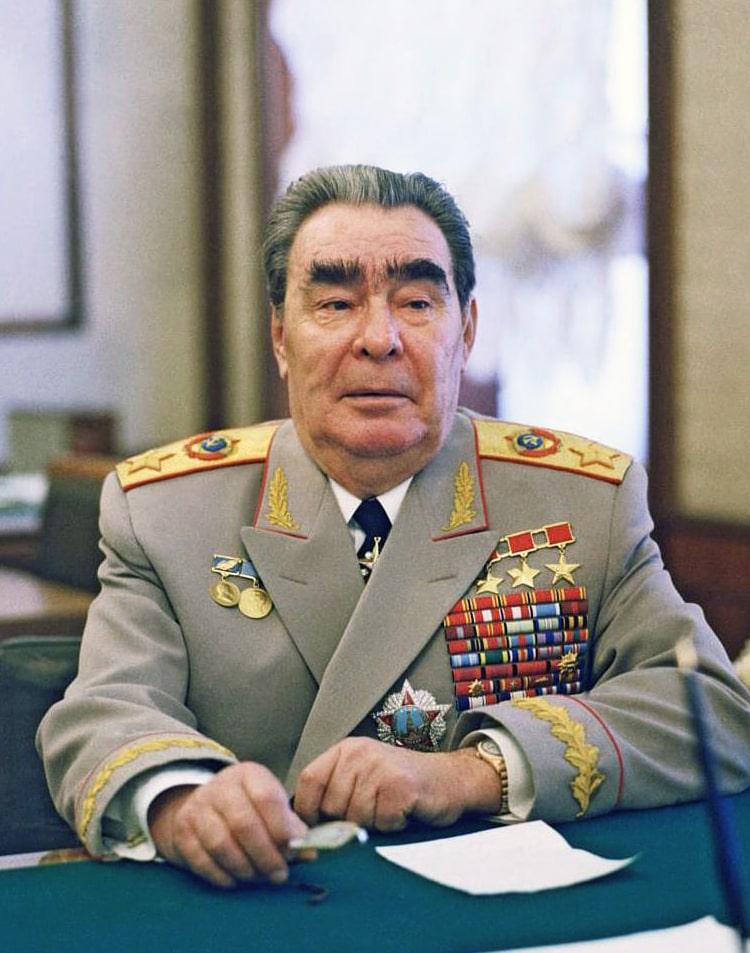 Interesnye-fakty-o-Brezhneve