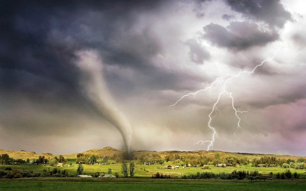 Interesnye-fakty-o-tornado