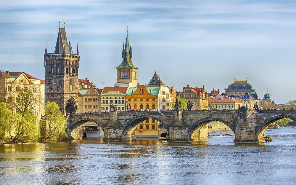 Interesnye-faty-o-Prage