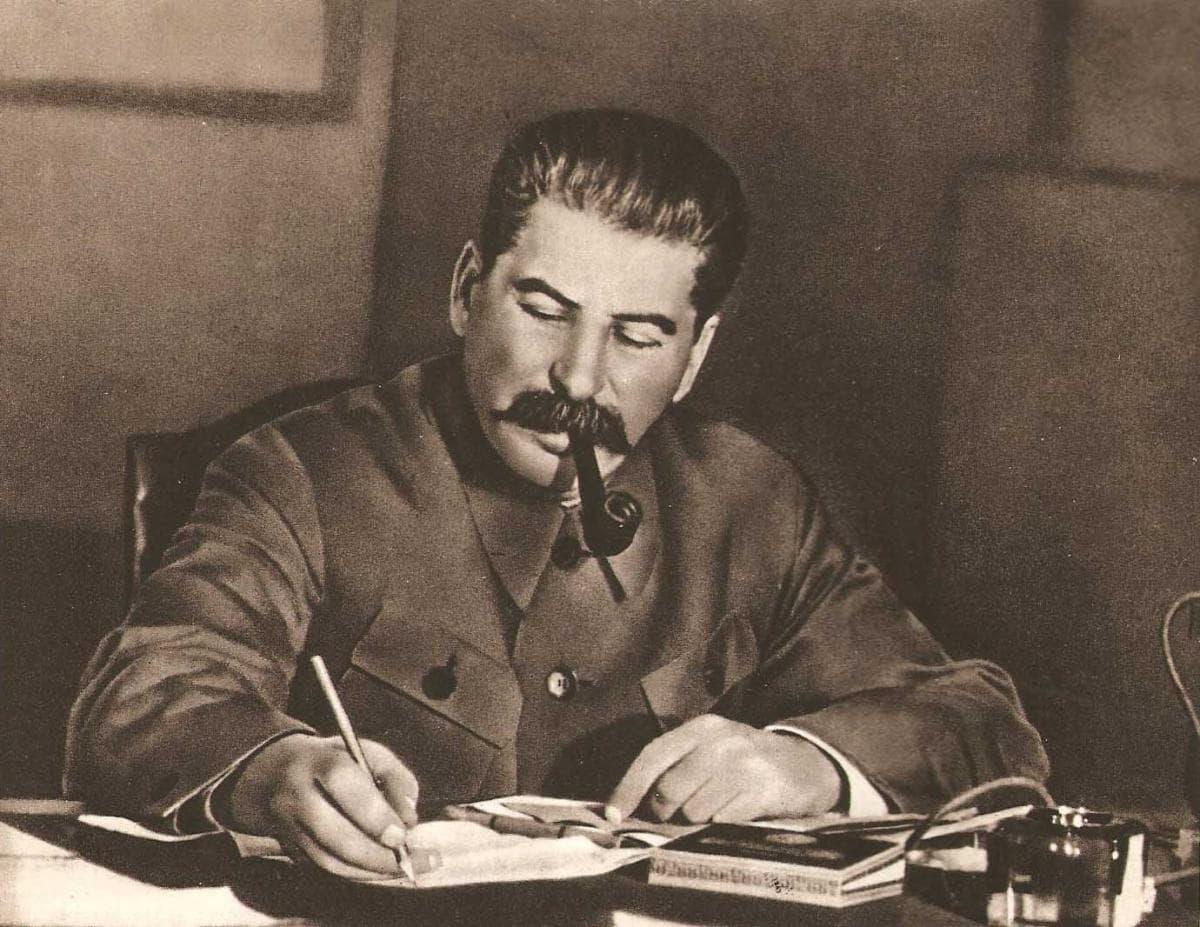 Iz-zhizni-Stalina-1