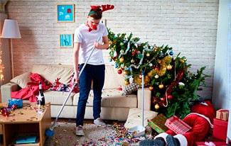 Как убрать елку после праздников