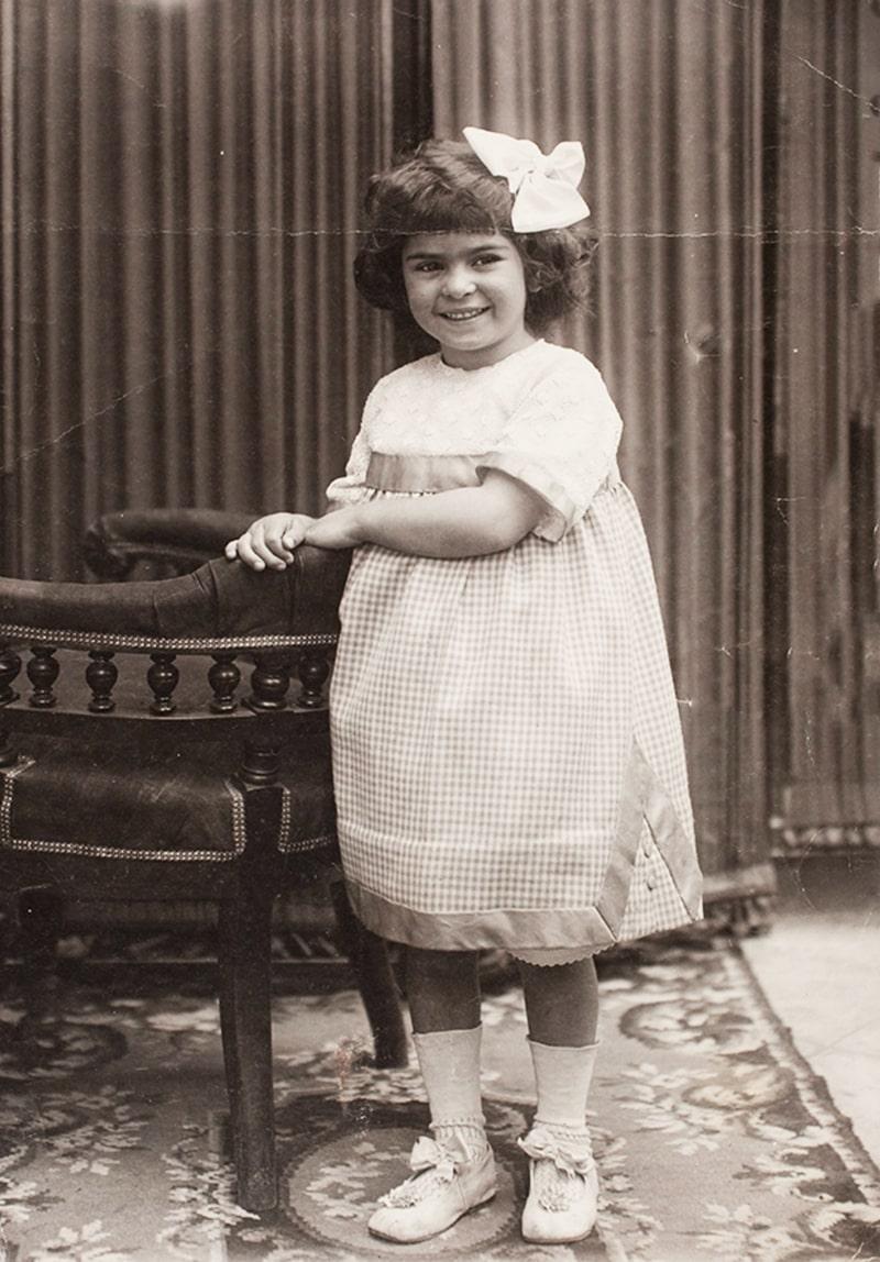 Koko-SHanel-v-detstve