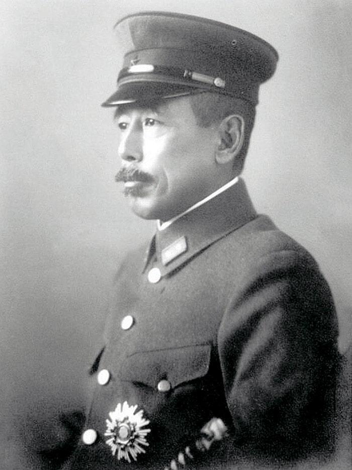 Komanduyushhiy-Kvantunskoy-armiey-Otodzo-YAmada