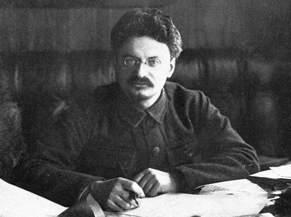 Lev-Trotskij-interesnyefakty.org-3