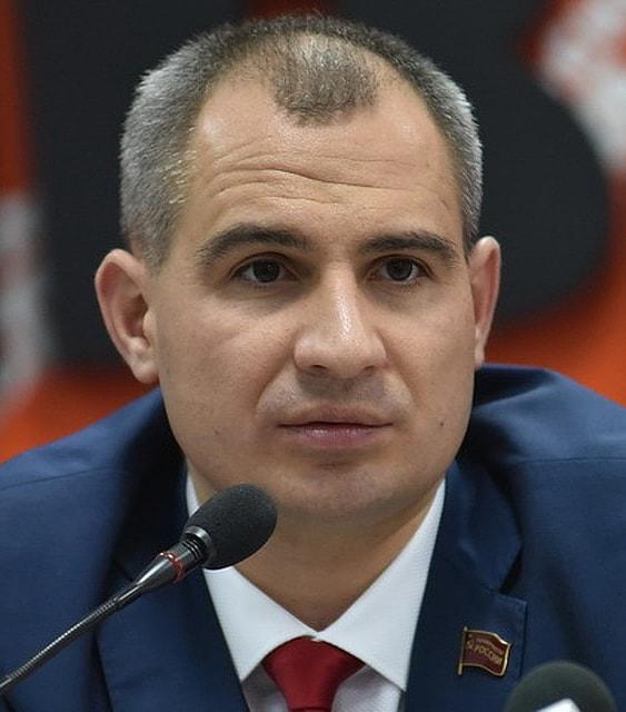 Maksim-Suraykin
