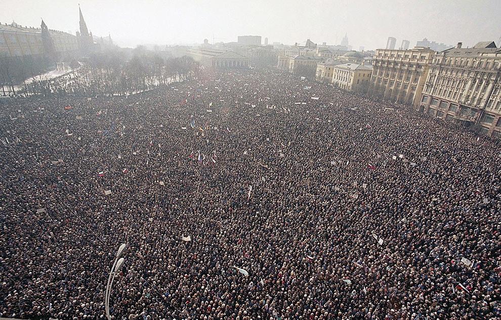 10-marta-1991-goda-zdes-proshel-samyiy-bolshoy-antipravitelstvennyiy-miting-za-vsyu-istoriyu-sovetskoy-vlasti