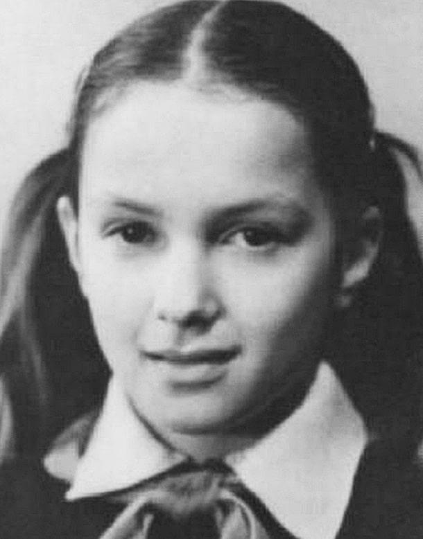 Mariya-Poroshina-v-detstve