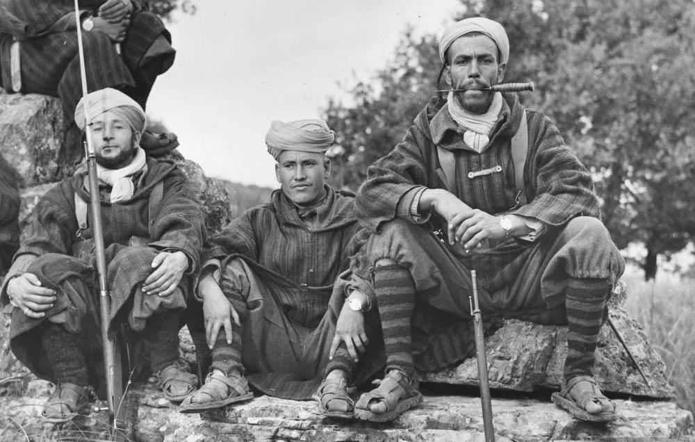 Marokkanskie-soldaty-protiv-italyanok