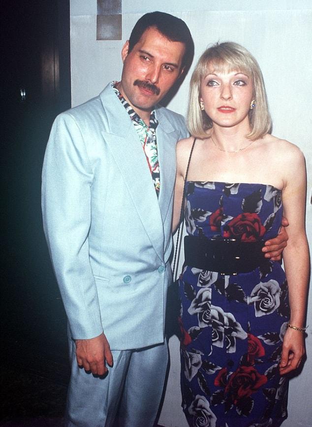 Merkyuri-i-Me`ri-Ostin-na-vecherinke-Queen-iyul-1986-g-1