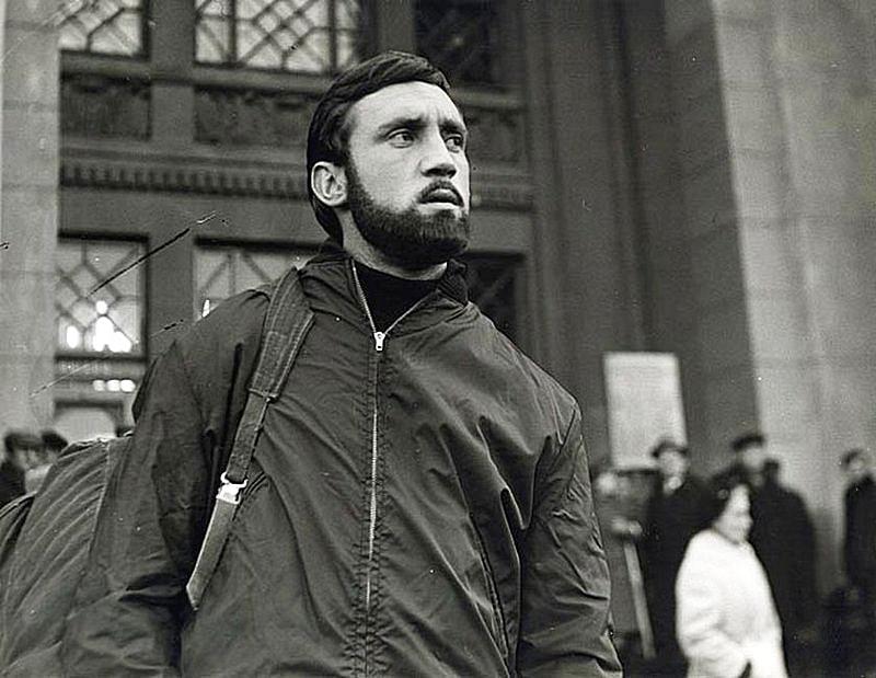 Na-s'yomkah-filma-Vertikal-leto-1966-goda