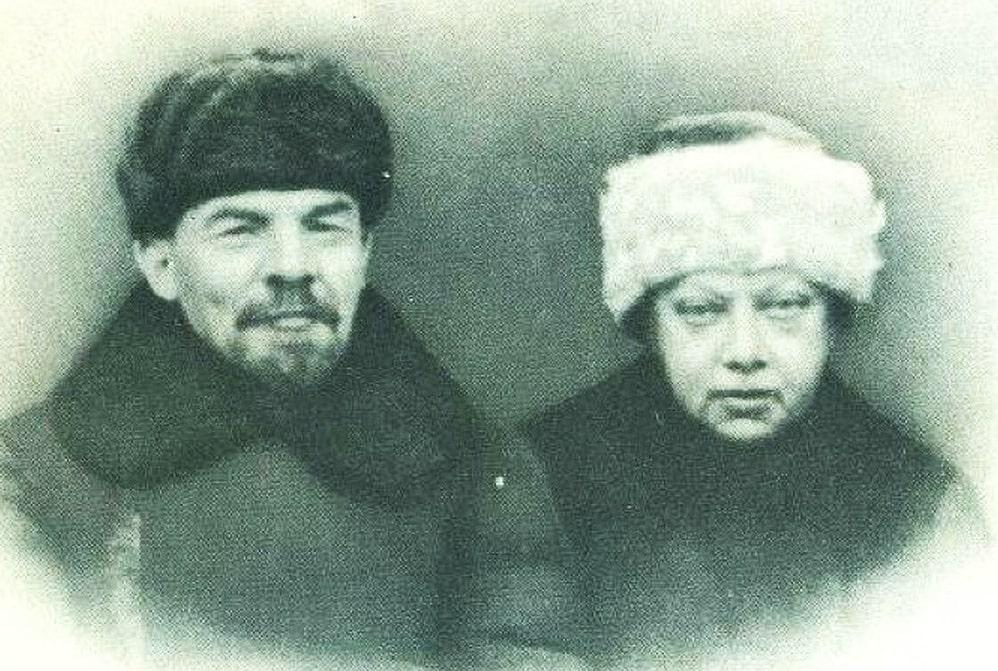 Nadezhda-Krupskaya-i-Vladimir-Lenin
