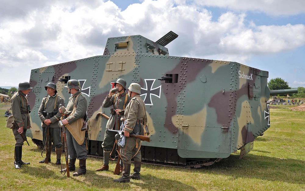 Nemetskij-tank-A7V-vremyon-Pervoj-mirovoj-vojny