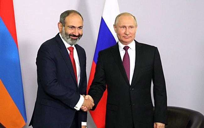 Nikol-Pashinyan-i-Vladimir-Putin
