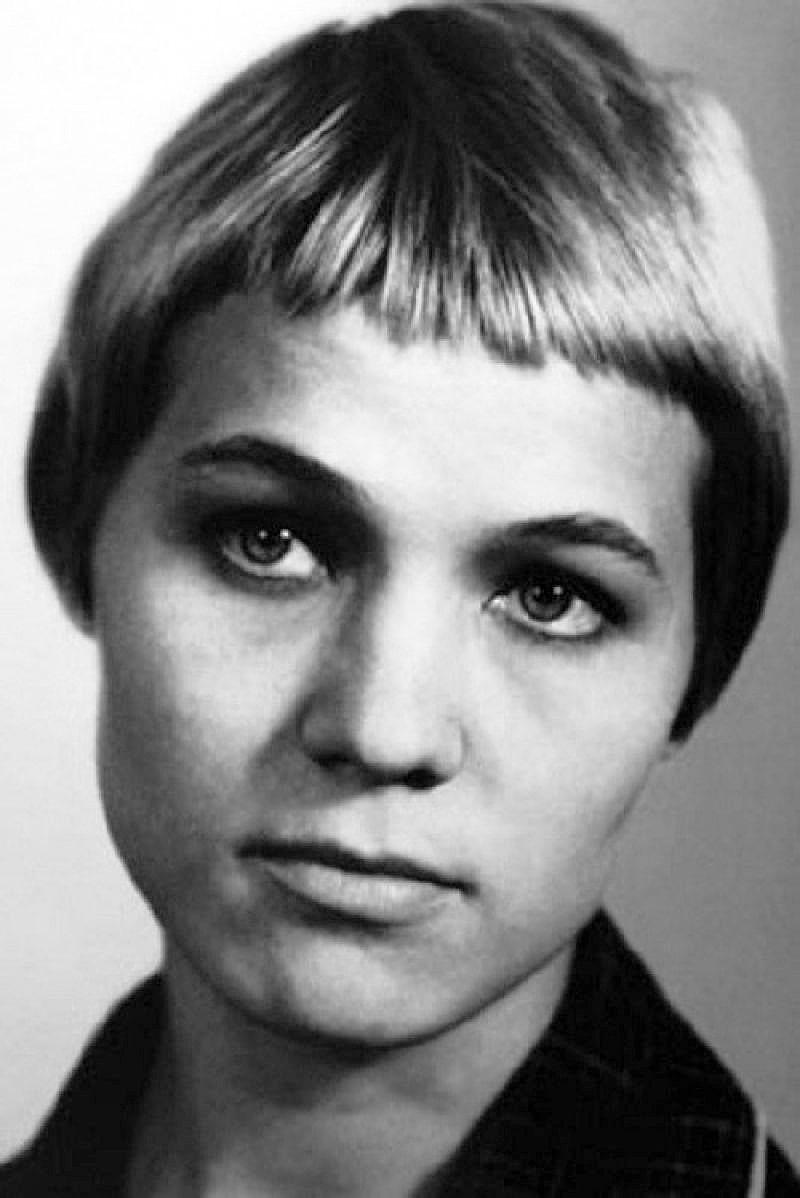 Nina-Ruslanova-v-molodosti