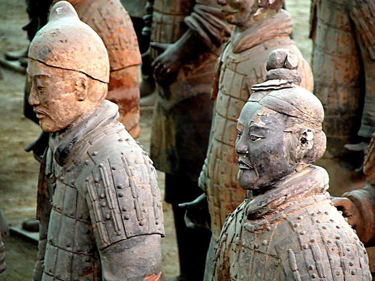 Kazhdaya-statuya-yavlyaetsya-unikalnoy