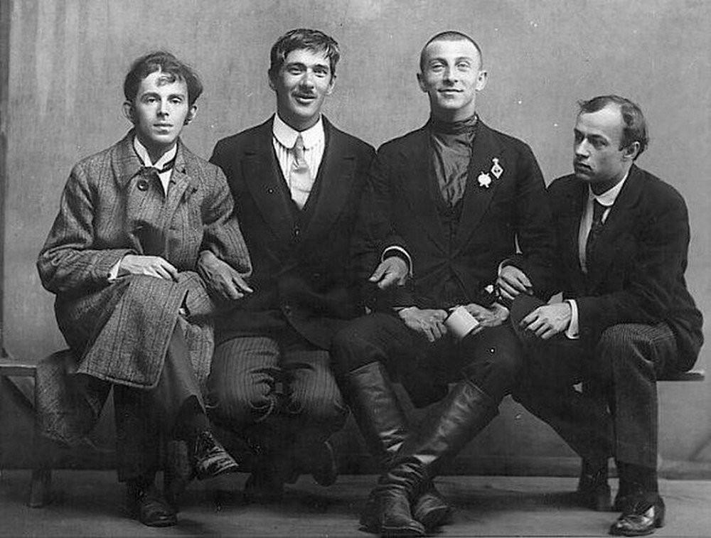 Osip-Mandelshtam-Kornej-CHukovskij-Benedikt-Livshits-i-YUrij-Annenkov