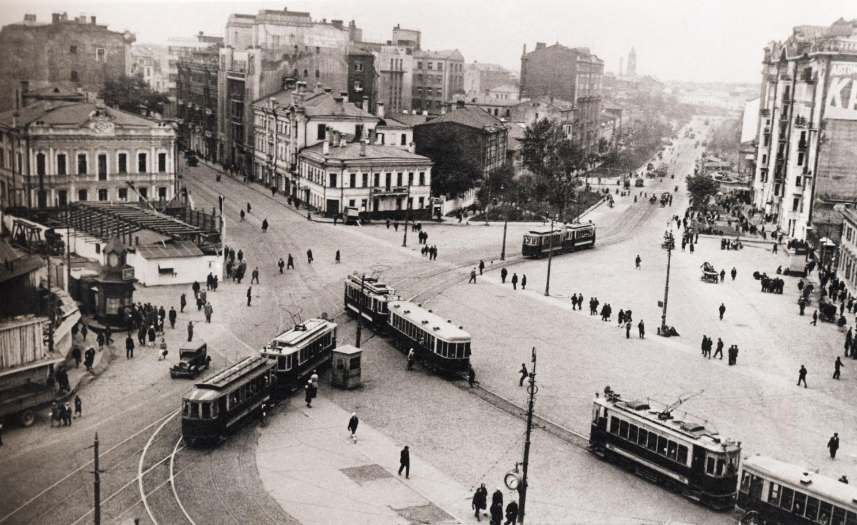 Ploshhad-Krasnyie-vorota.-1932