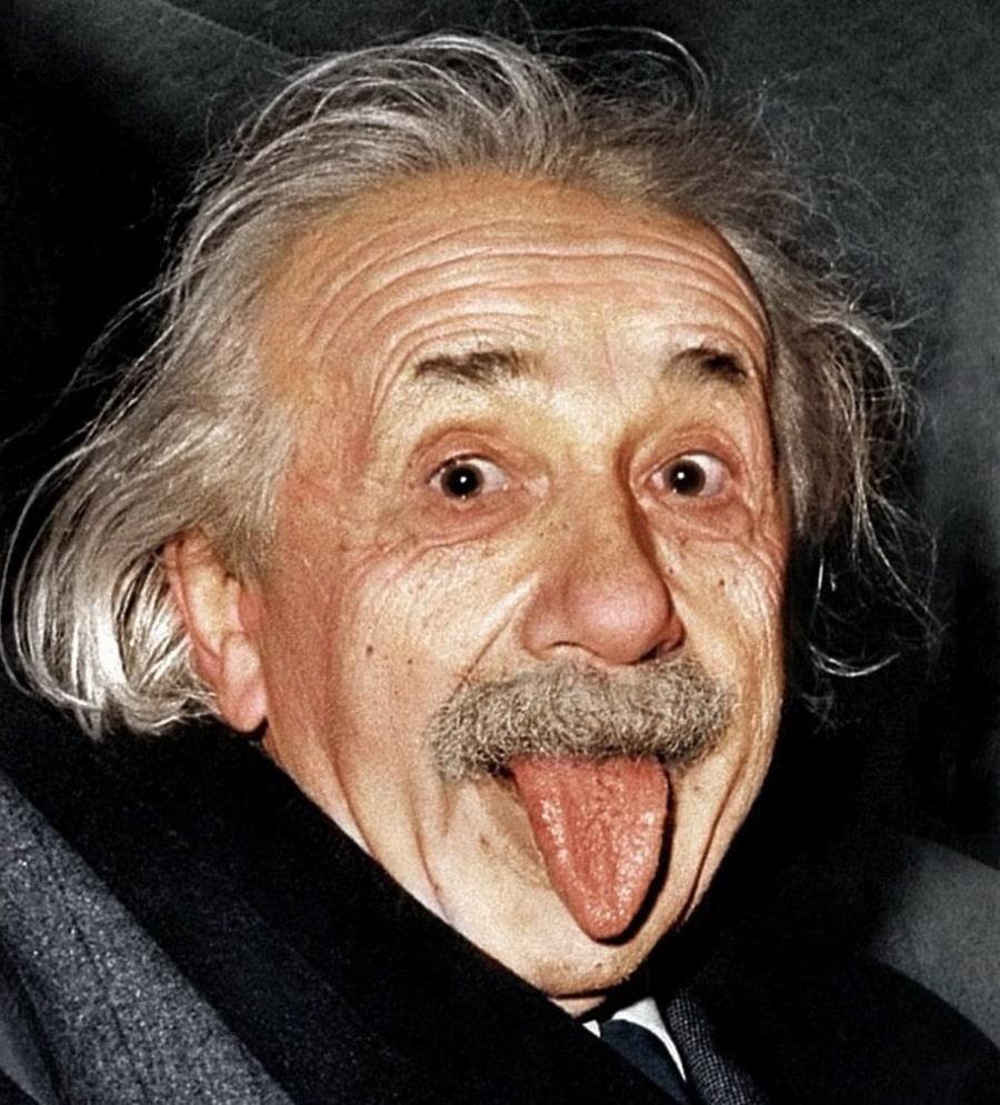 Pochemu-Ejnshtejn-pokazal-yazyk
