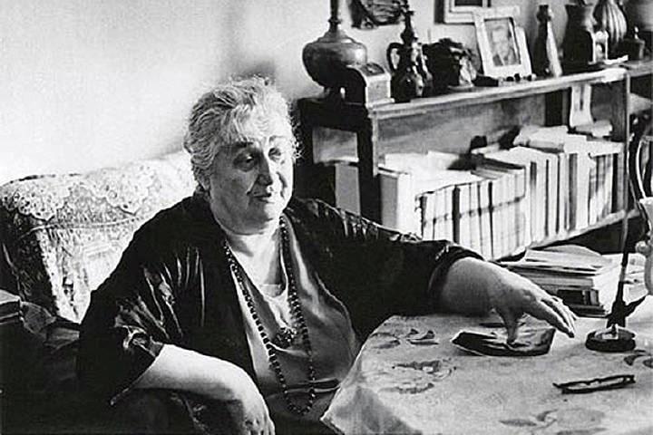Pozhilaya-Anna-Ahmatova