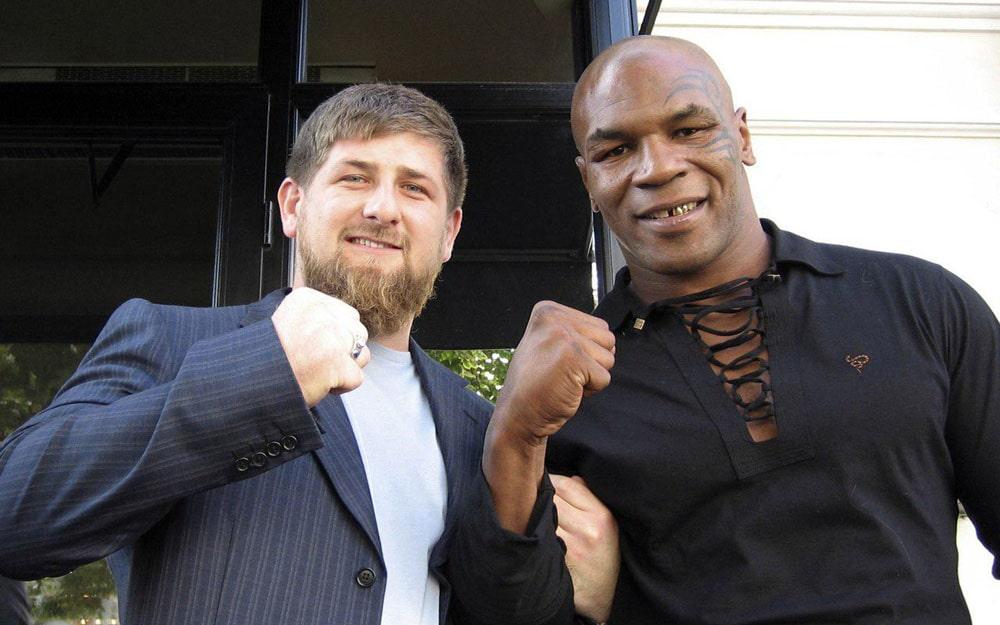 Ramzan-Kadyrov-i-Majk-Tajson