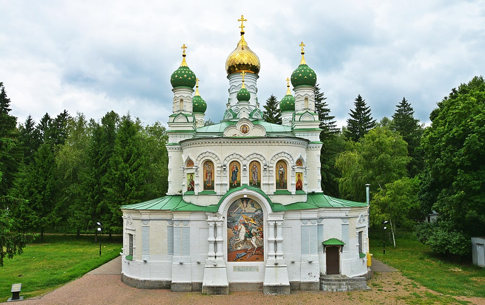 Sampsonievskaya-tserkov-zalozhennaya-v-godovshhinu-Poltavskogo-srazheniya-27-iyunya-1852-goda