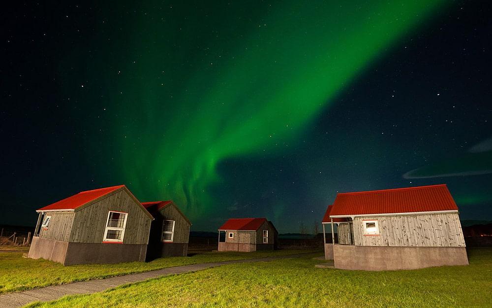 Severnoe-siyanie-v-Islandii