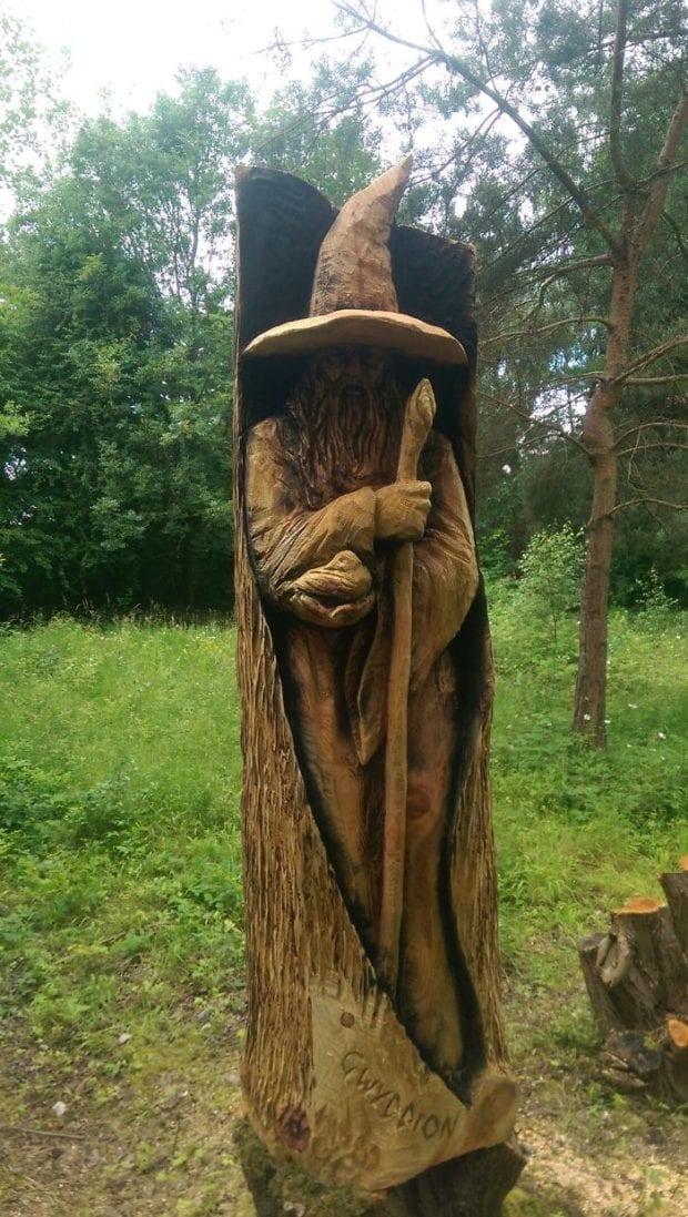 Skulpturyi-sdelannyie-benzopiloy-interesnyefakty.org-5