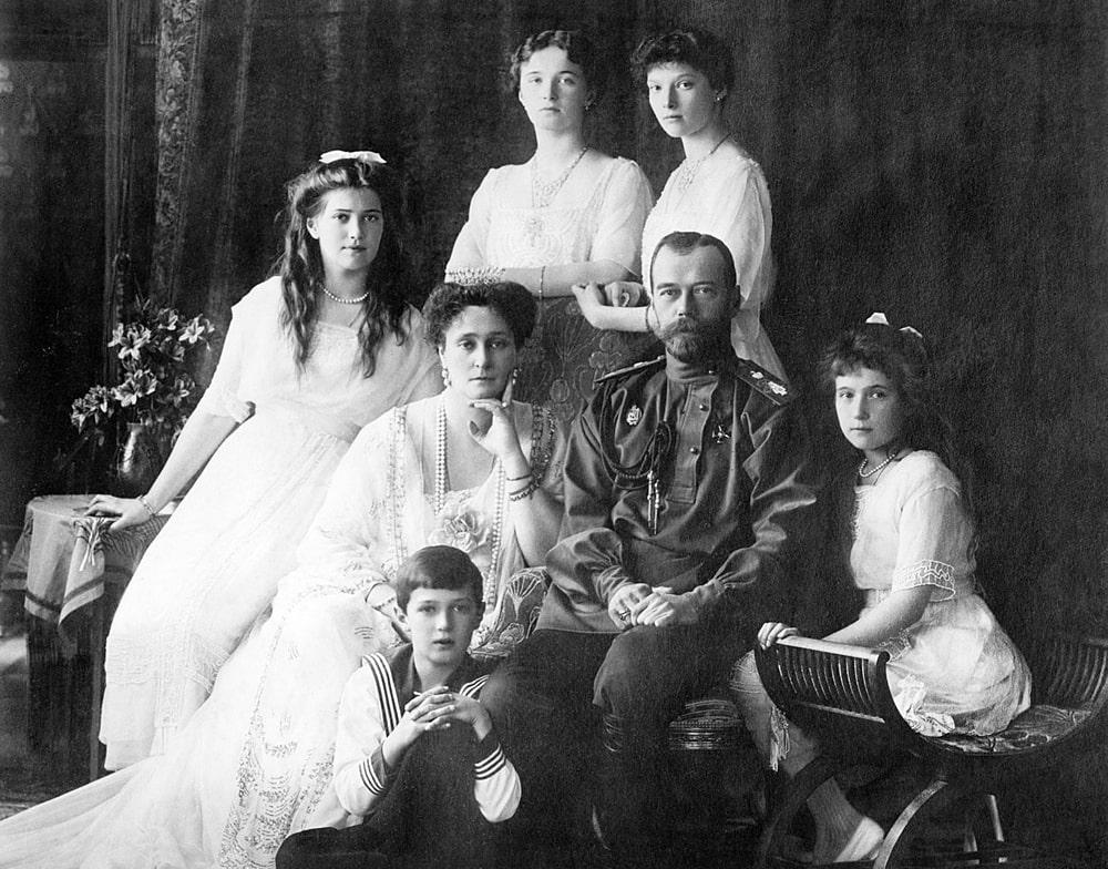TSarskaya-semya-v-1913-godu