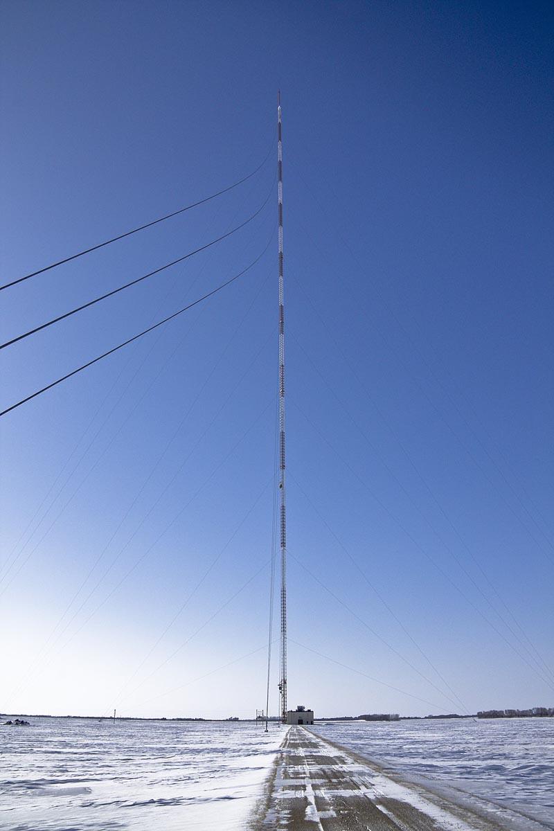 Varshavskaya-radiomachta-samyj-bolshoj-dom