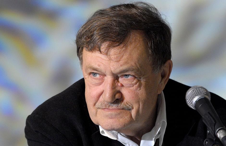 Vasiliy-Aksenov-4