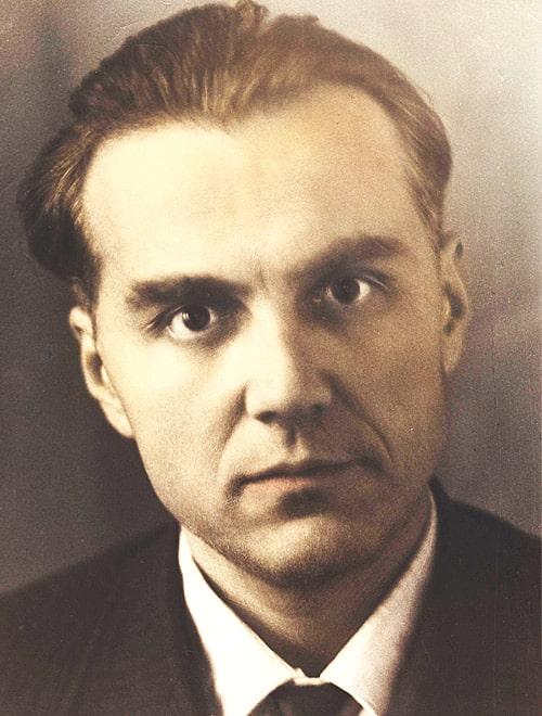 Vasiliy-Suhomlinskiy-interesnyefakty.org
