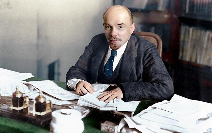 Vladimir-Lenin-4